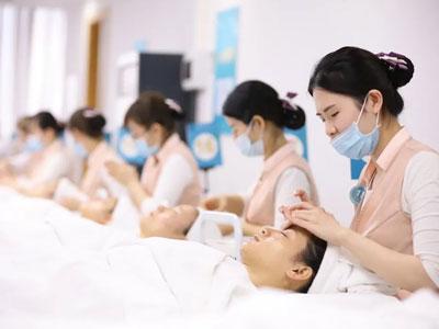 2021年广州美容学校学费要多少钱